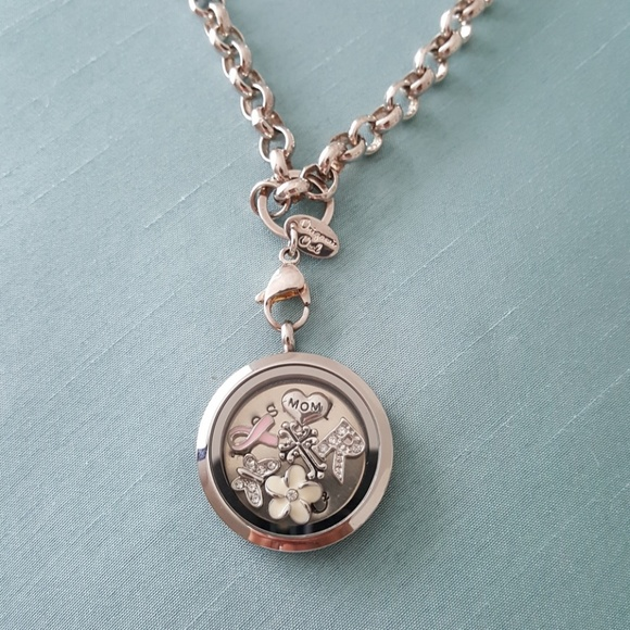 How To Vintage Key Locket - ORIGAMI OWL CANADA USA - YouTube | 580x580